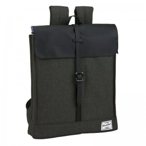 Blackfit8 Black laptop backpack 44cm