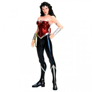 Estatua Wonder Woman DC Comics ARTFX+ PVC