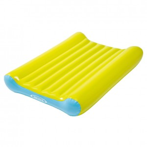 Inflatable baby changing mat