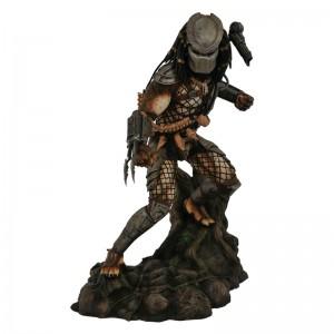 Predator Gallery diorama figure