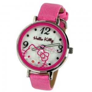 Hello Kitty analog wristwatch in metal case*