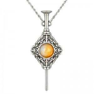 Fantastic Beasts Grindelwald necklace
